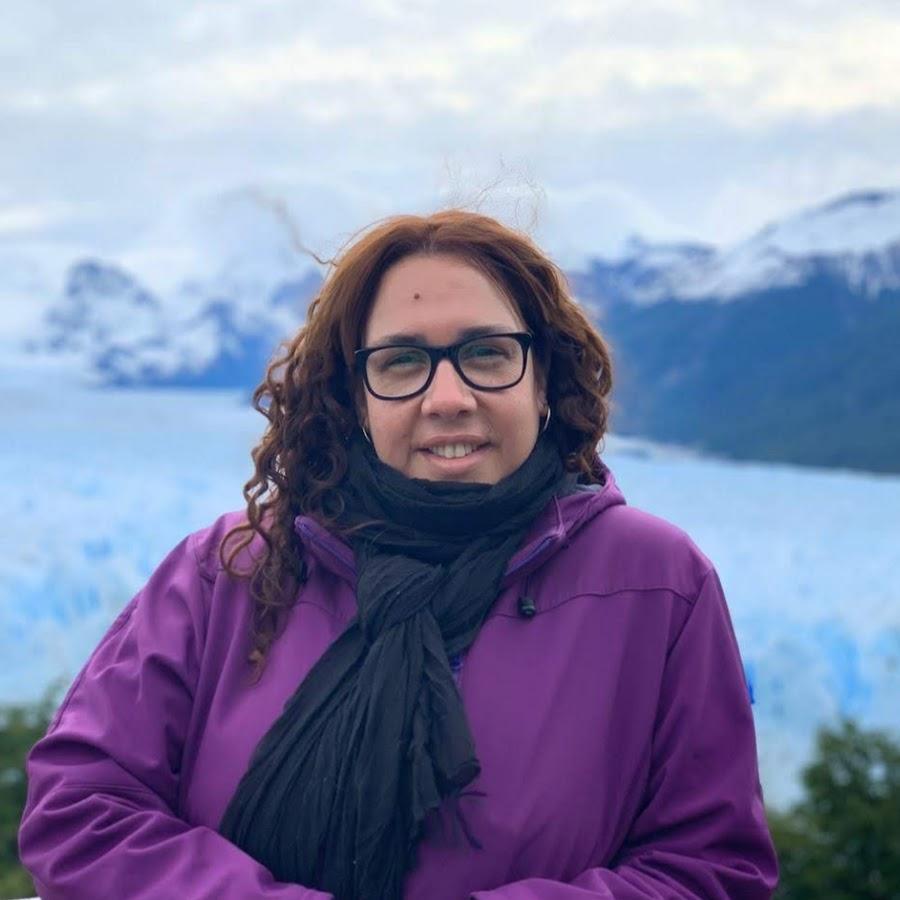 Latina Nadia Fernandez bekam Hündchenstellung hämmerte rau