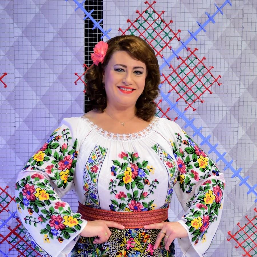 Elena Dedkova - YouTube