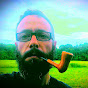Moreno Fumando la Pipa