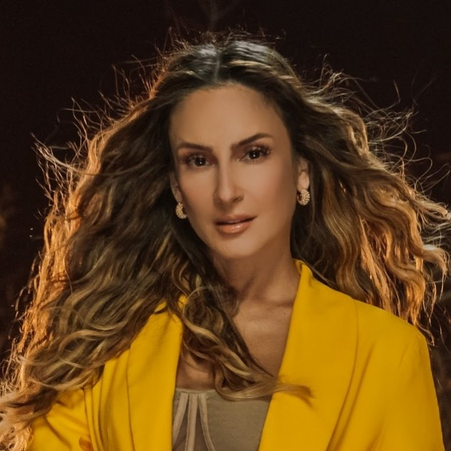 Claudia Leitte - YouTube