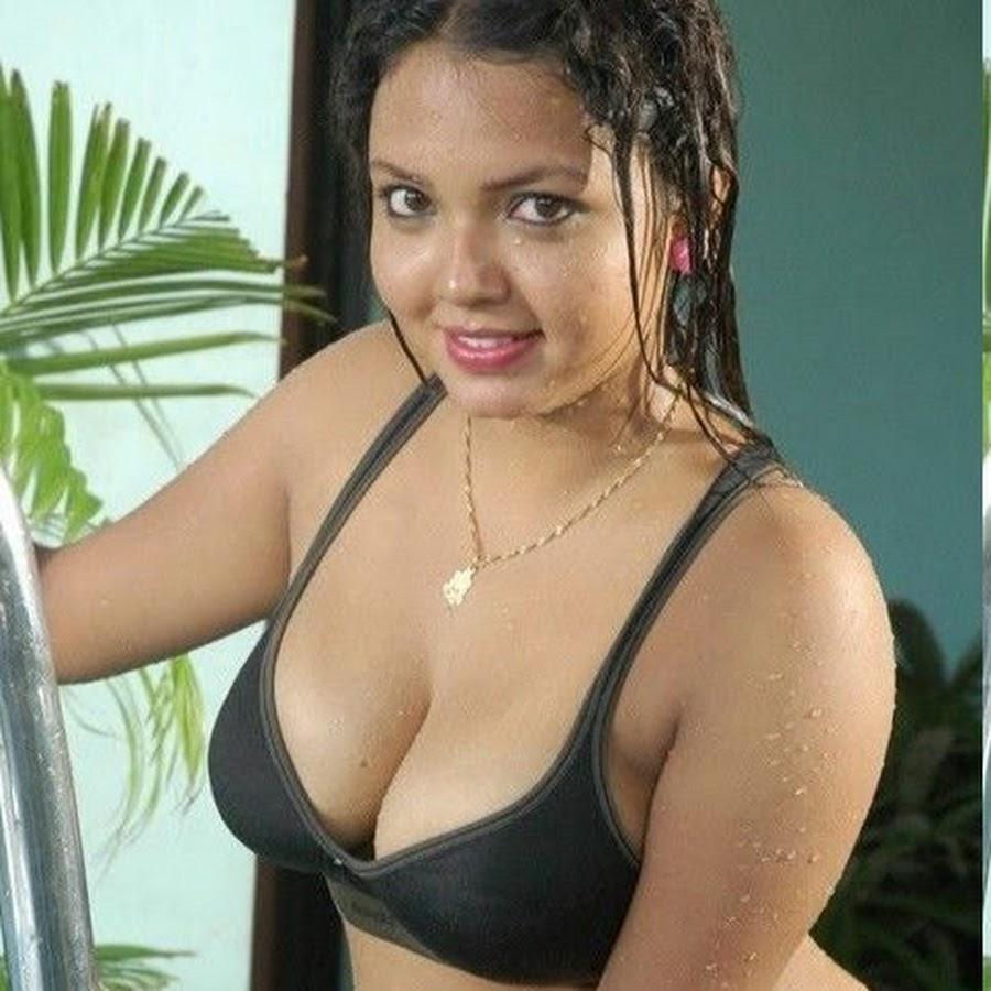 Indian big boobs nude bikini — img 8