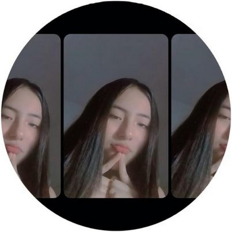 Logo for K-pop Mia