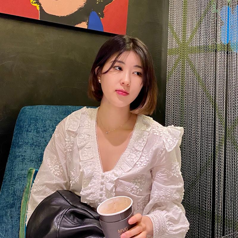 Korean Unnie 한국언니