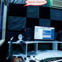 BK record studio 250