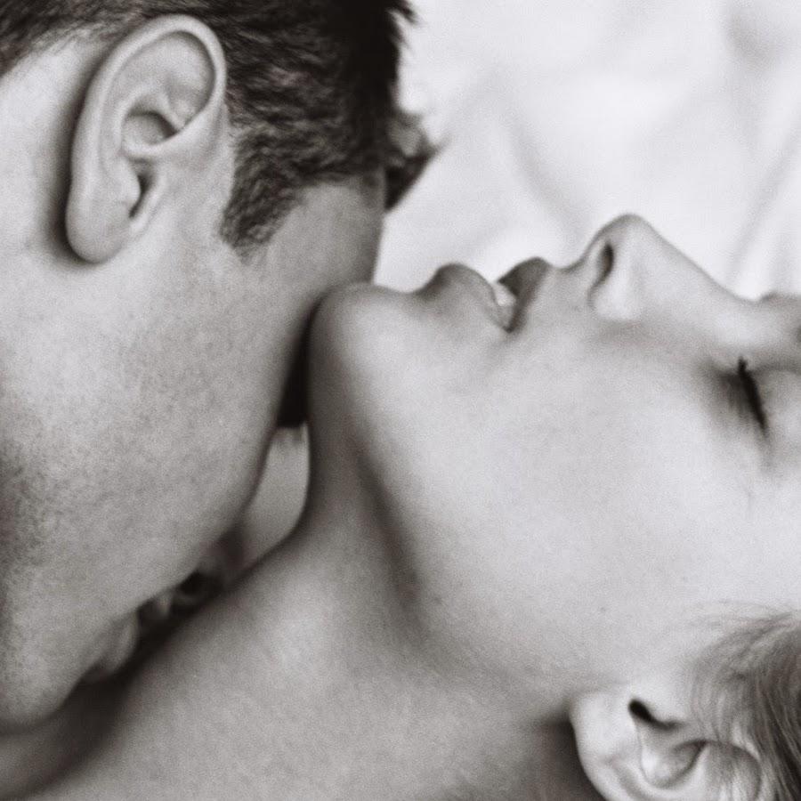 Картинки косплей озорной поцелуй звезды