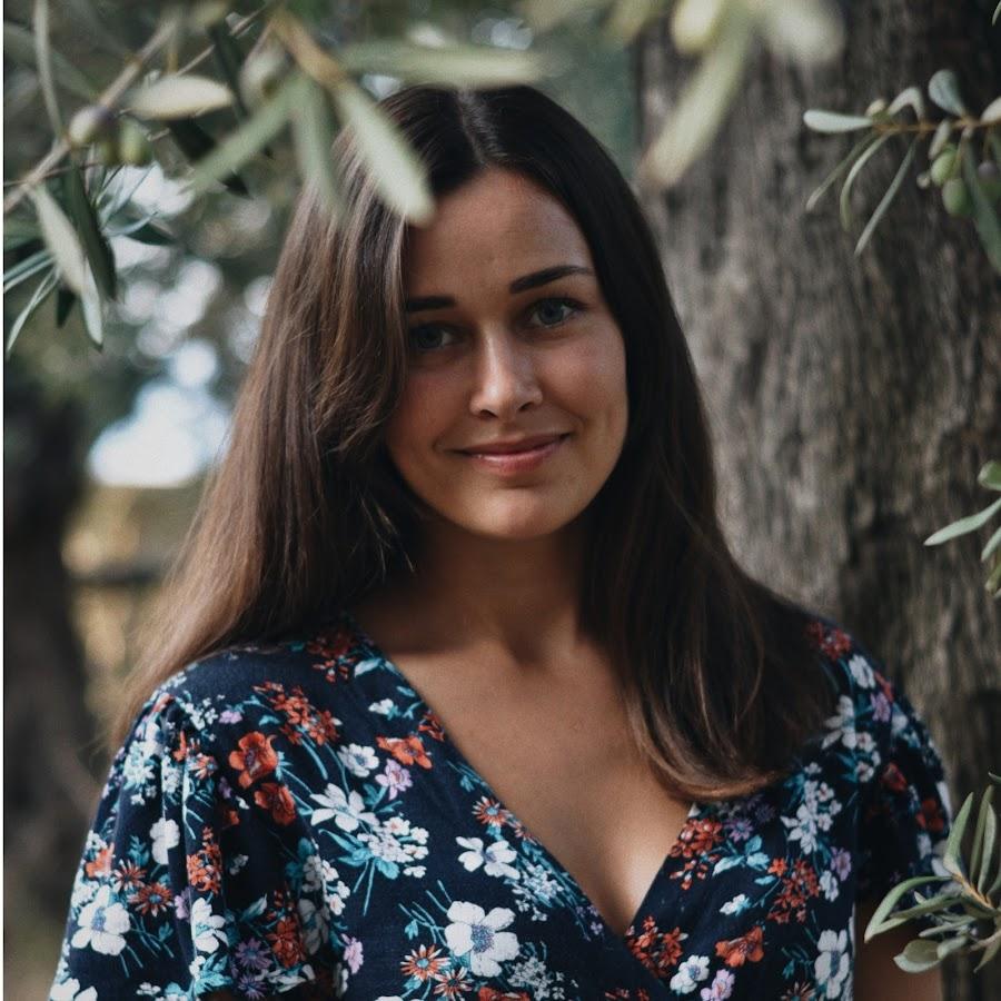 Анастасия рабиевская растровая девушка модель предназначена для работы
