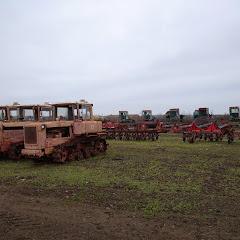 Сельский сварщик тракторист