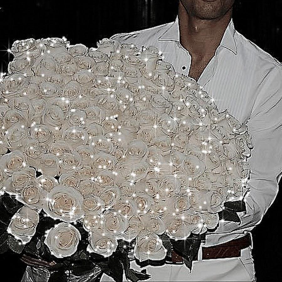 Мужчине с днем рождения картинки с белыми цветами