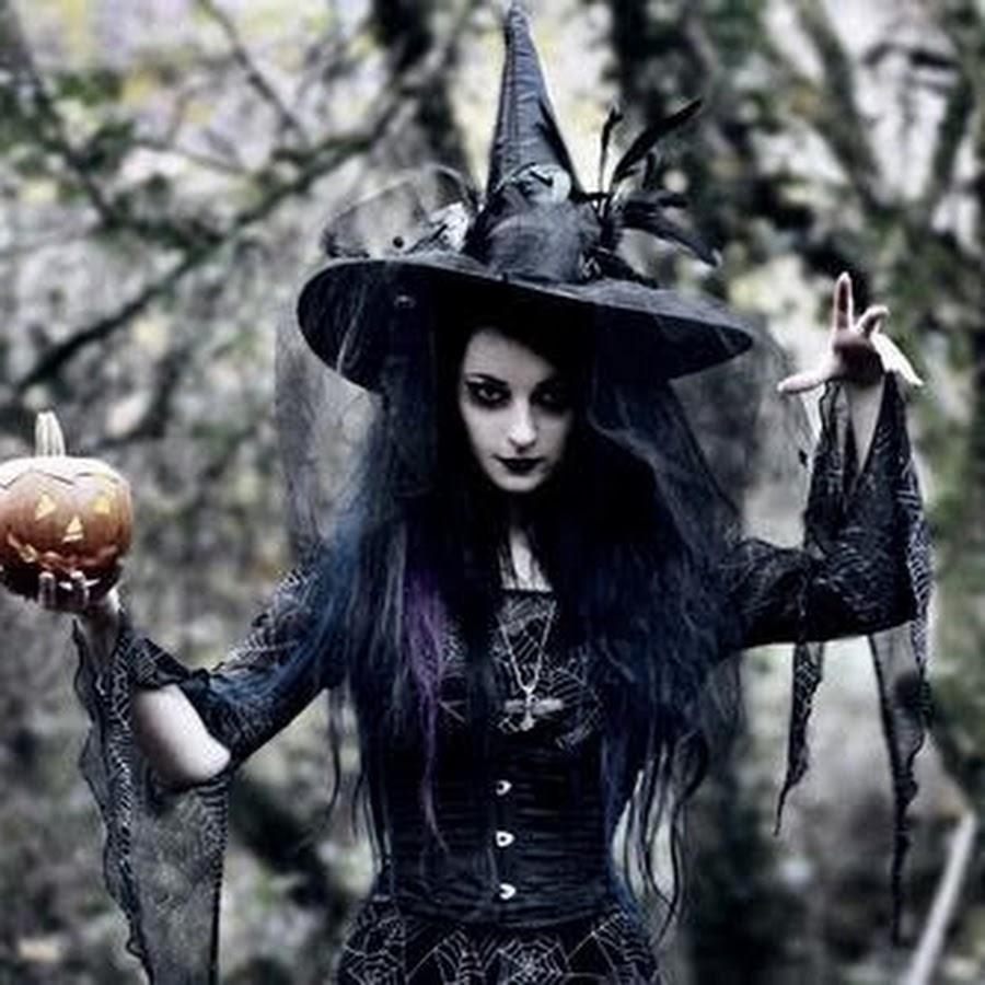 ведьма разводит на фото