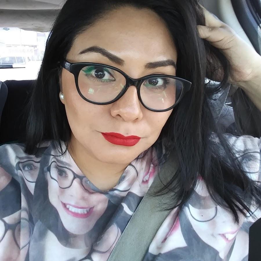 Thelma Dís - YouTube