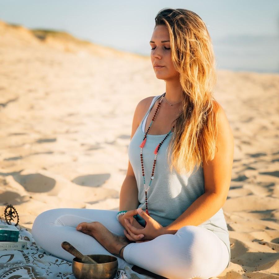 Stacha Satya Yoga - YouTube