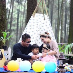 RICA RICH FAMILY
