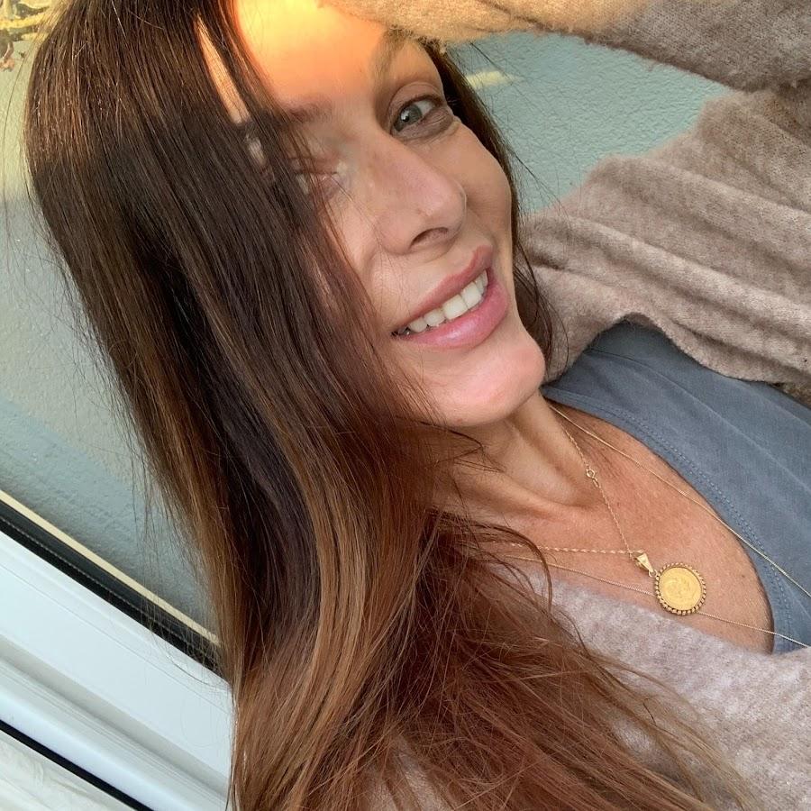 Karin Amber - YouTube