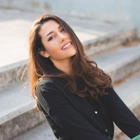 Yanna Vasileiou Official