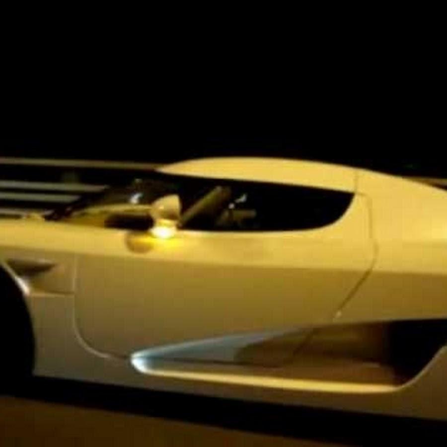 Koenigsegg Ccxr Vs Bugatti Veyron: 9999990000000000000
