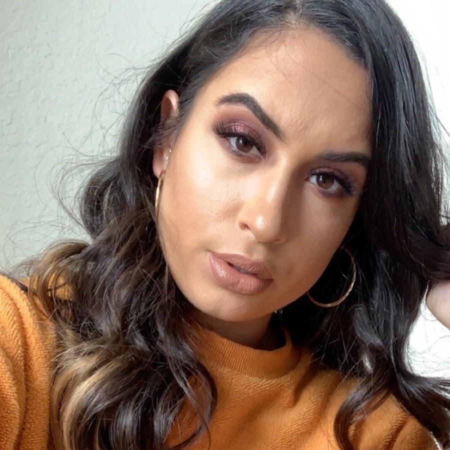Lisa Naughton MUA - YouTube