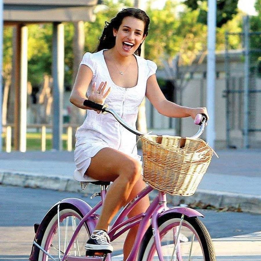 эпатажный выпад утренние звезды на велосипеде фото раннего утра