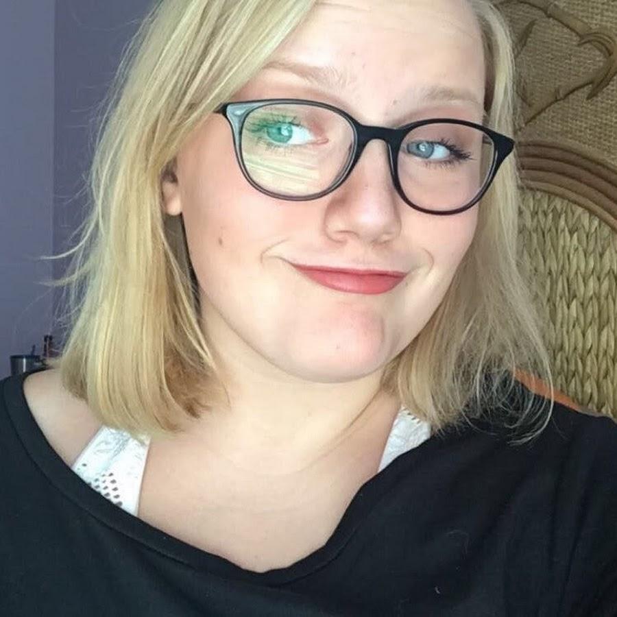 Hannah Bananax - YouTube