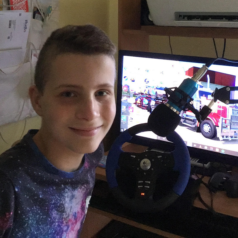 Into gaming With Aaron (into-gaming-with-aaron)