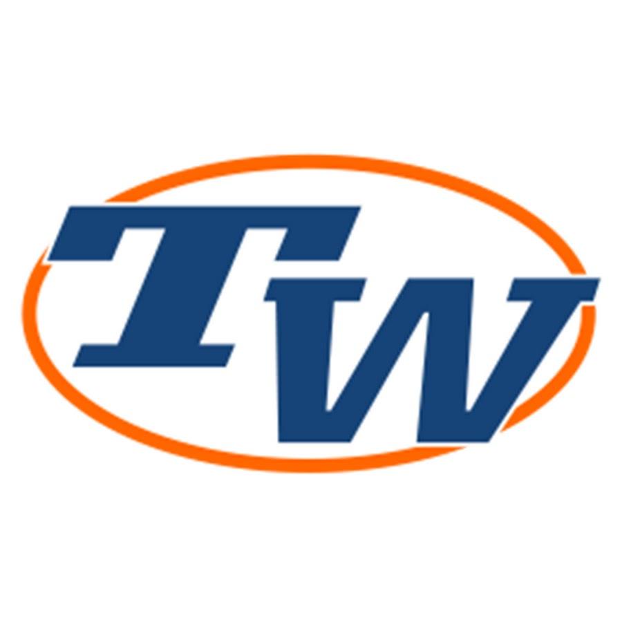 7f80dd2a972e Tennis Warehouse - YouTube