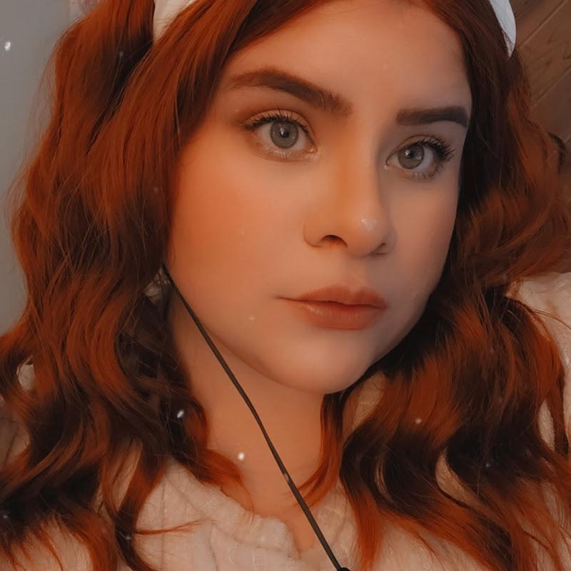 Nicole Renee (NSYoungWildandFree)
