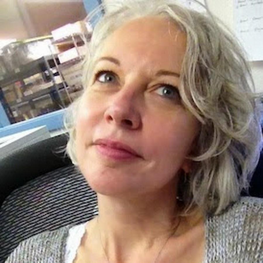 Sarah Baldwin - Celeb bio, works, relationships & more