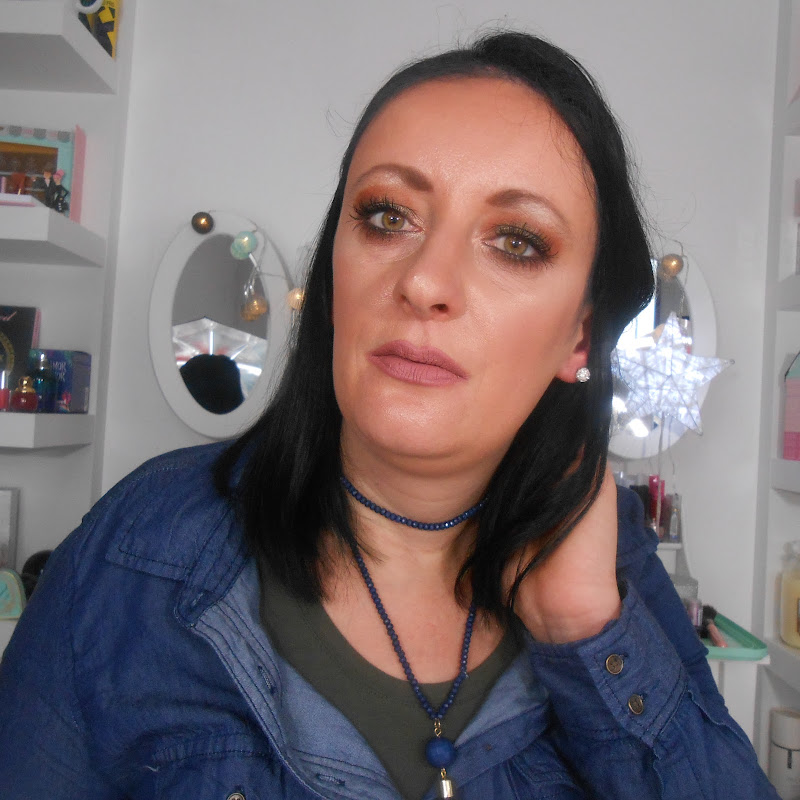 youtubeur LaTouche MakeUp DeCindy