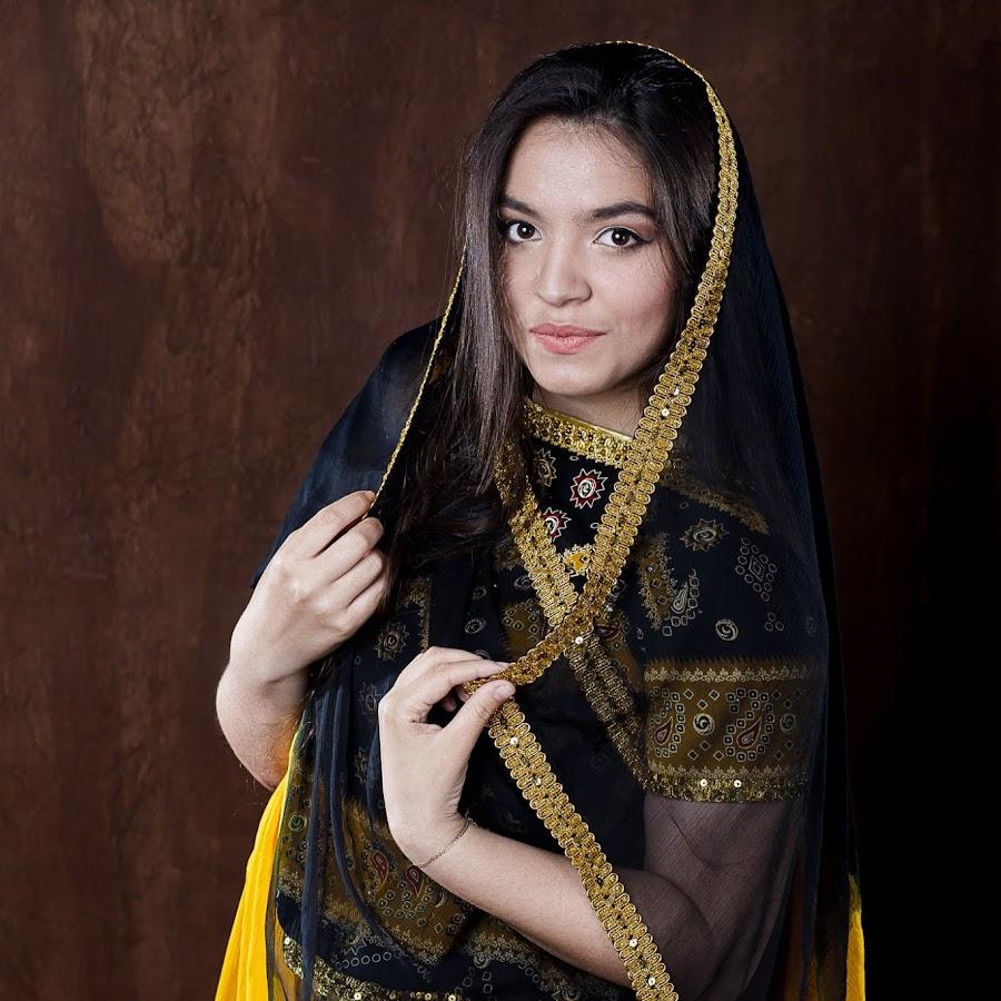 девушка по визы таджичка начале