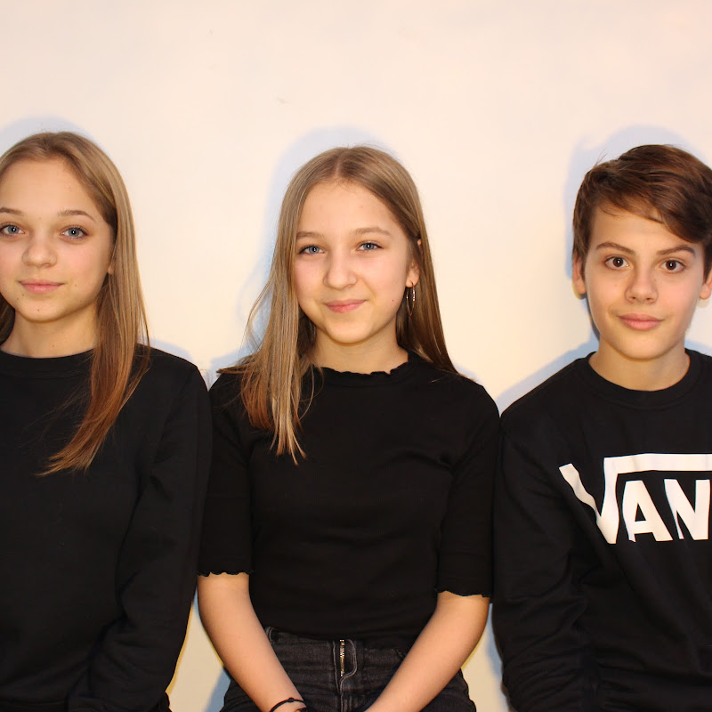 Les Trois Minis YouTubeurs