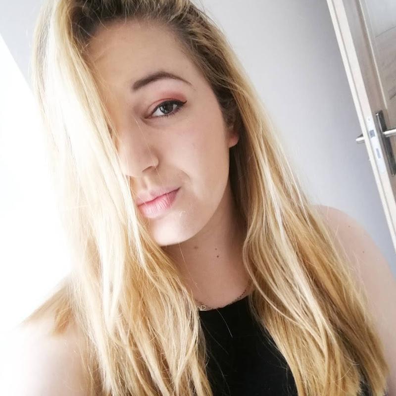 Aleksandra 'Sharon' Iwanek