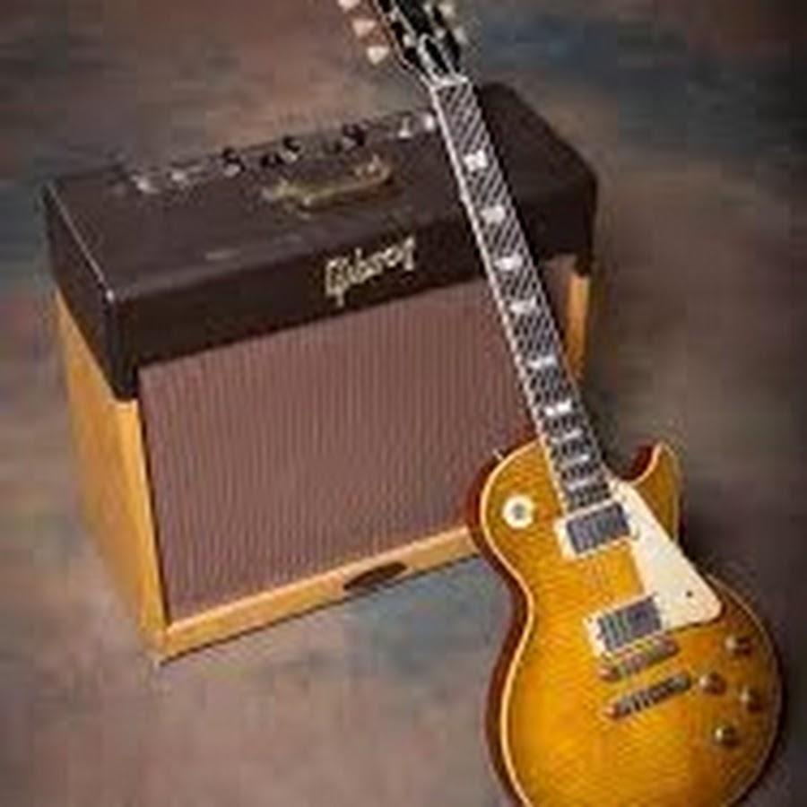 joe robinson bass guitar - 713×1021