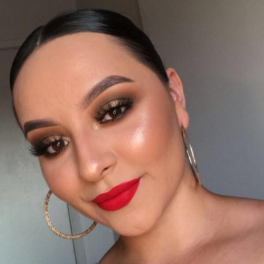 Кружевной макияж на лице фото недорого поймать