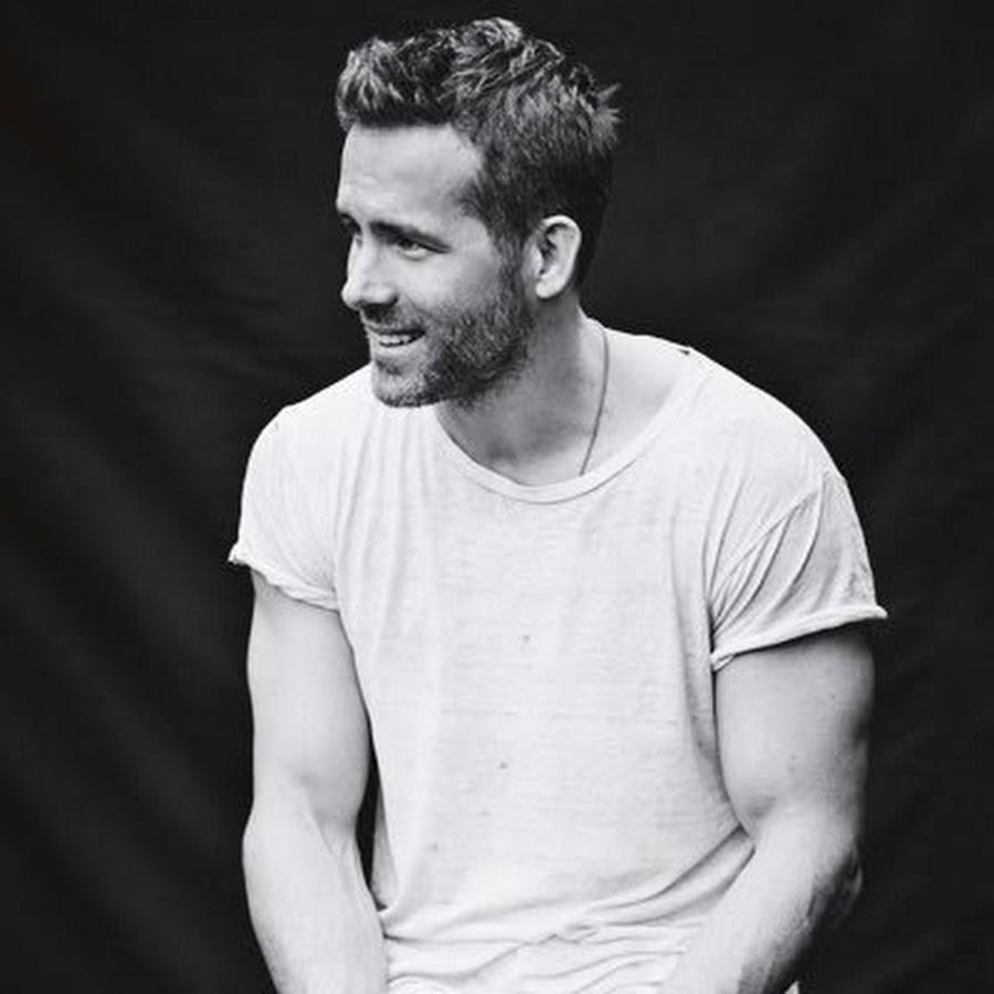 c9b18041 Ryan Reynolds - YouTube