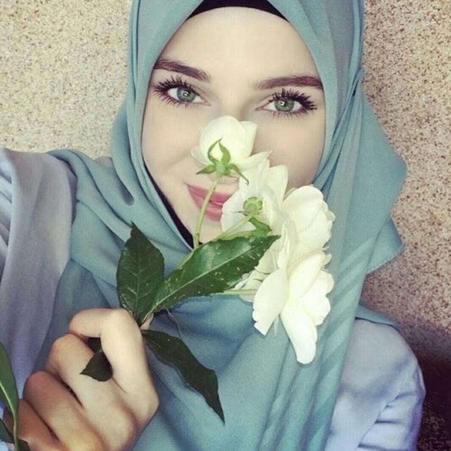 Исламские картинки девушки с хиджаба с надписями, надписью