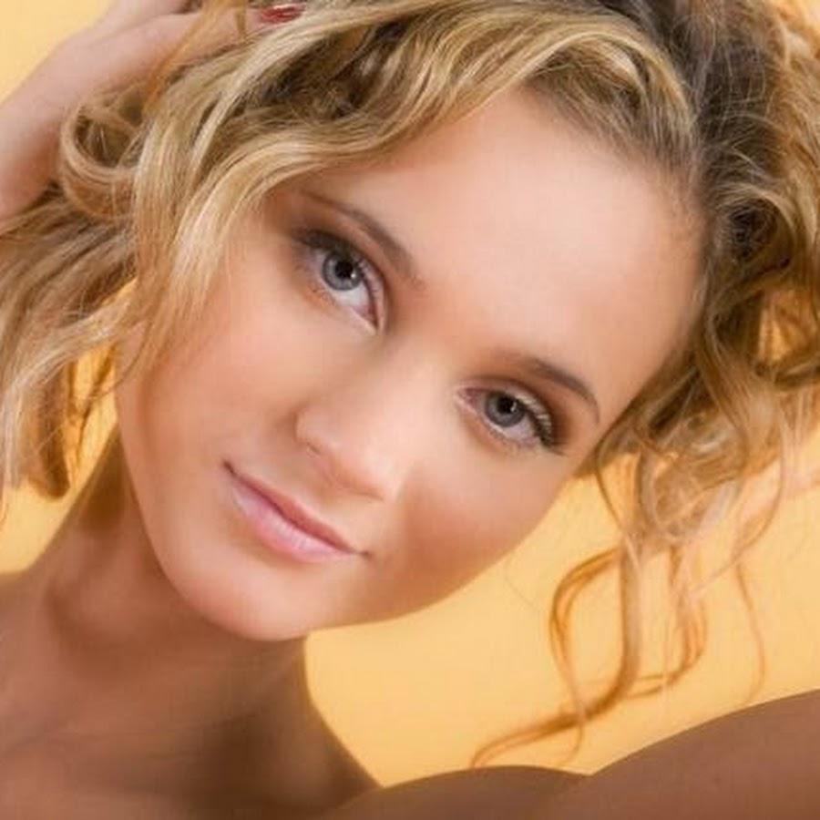 очень молодая голая девушки фото мужчине