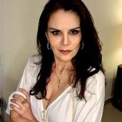 Regina Tavares YouTube channel avatar