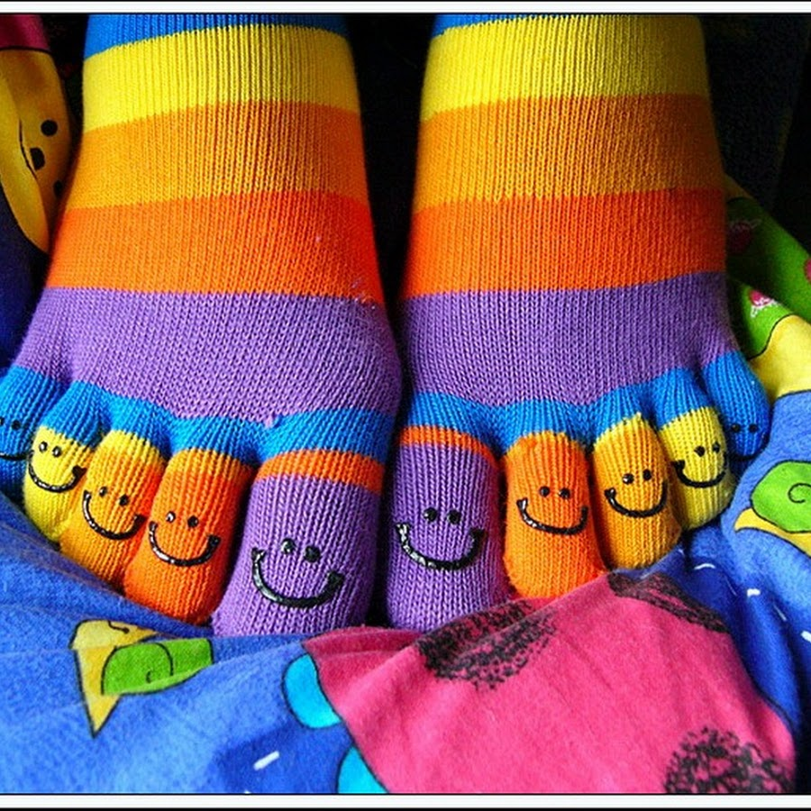 Смешные носки рисунок