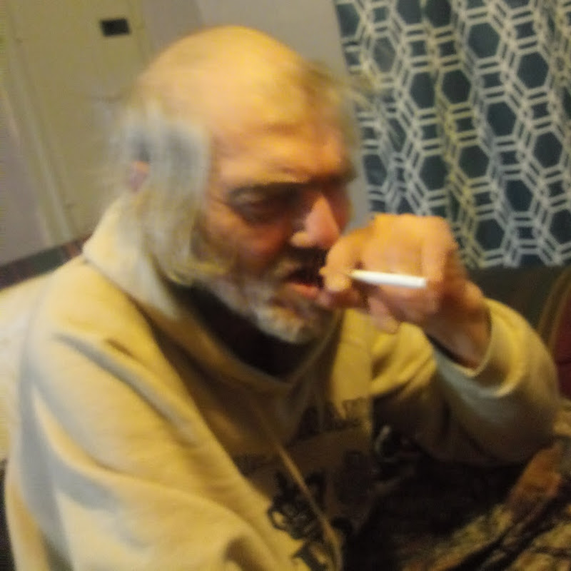CRAZY OLD MAN (crazy-old-man)