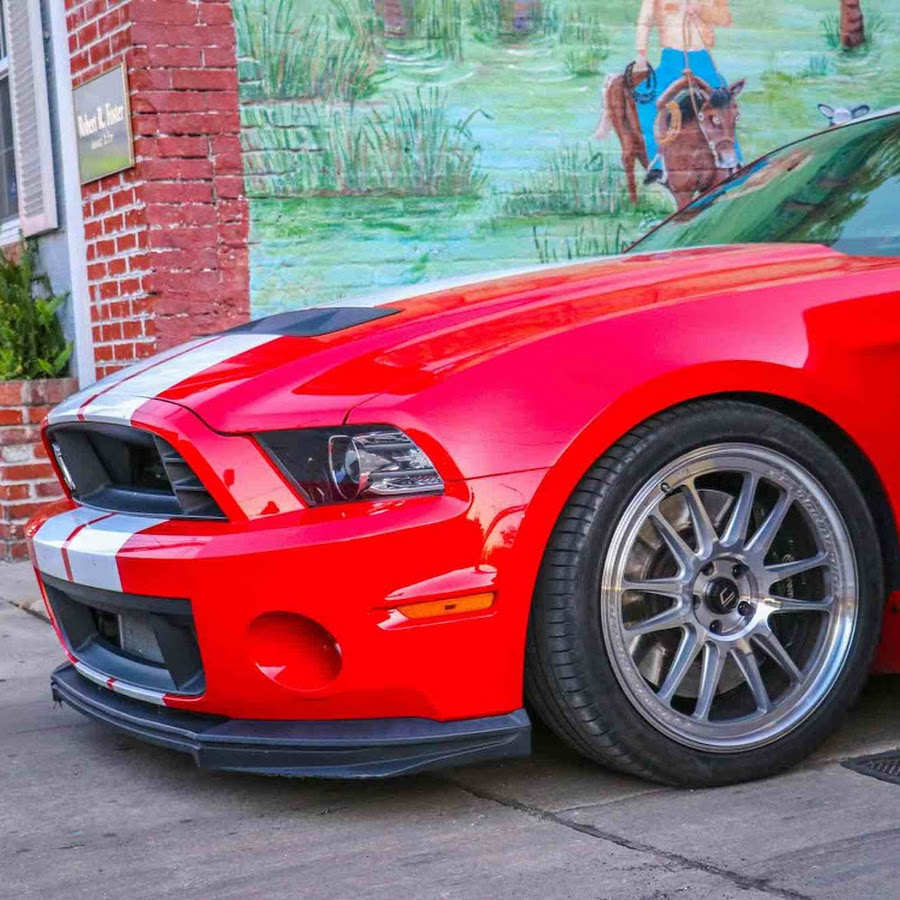 Mustang Lifestyle - YouTube