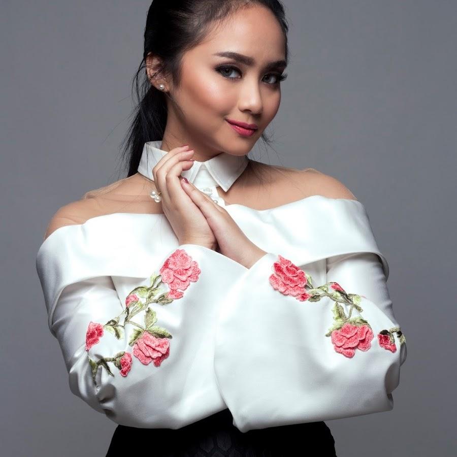 Gita Gutawa Rangkaian Kata Gita Gutawa Official -...