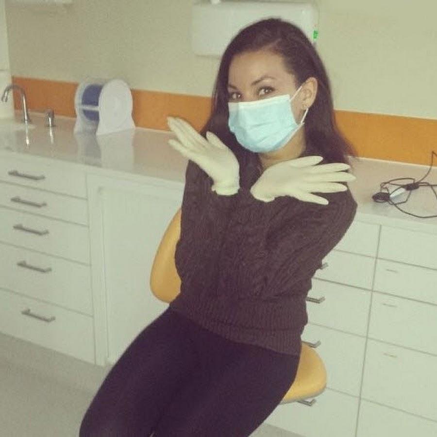 Девушки в медицинских перчатках видео смотреть — photo 5