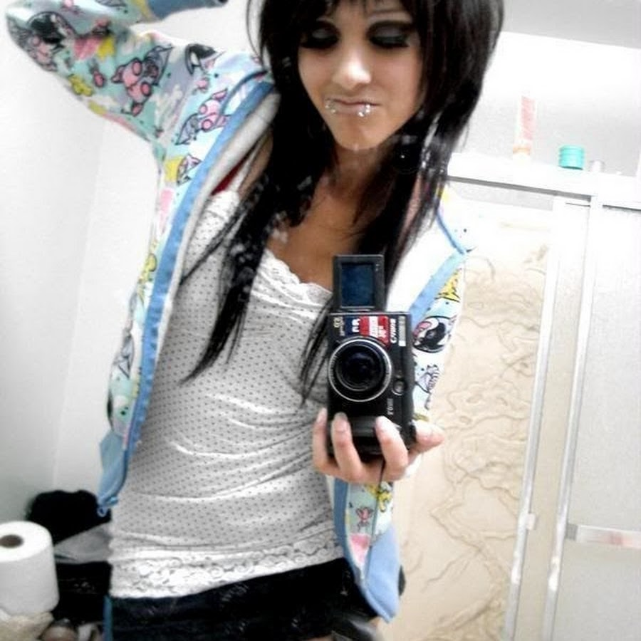 Sweet young emo girls — pic 6