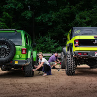 ShockerRacing - Mojito Jeep x Neon Gladiator JT
