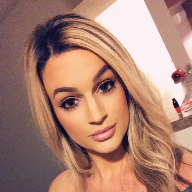 AlexaMarieMakeup (Lextaylor7)