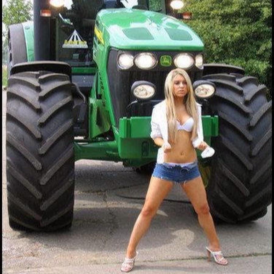 ass-sexy-women-tractors-couple-cum-kiss