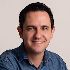 Professor Tiago Valenciano