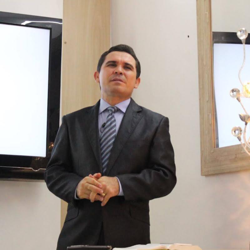 Bispo Edinaldo Silva
