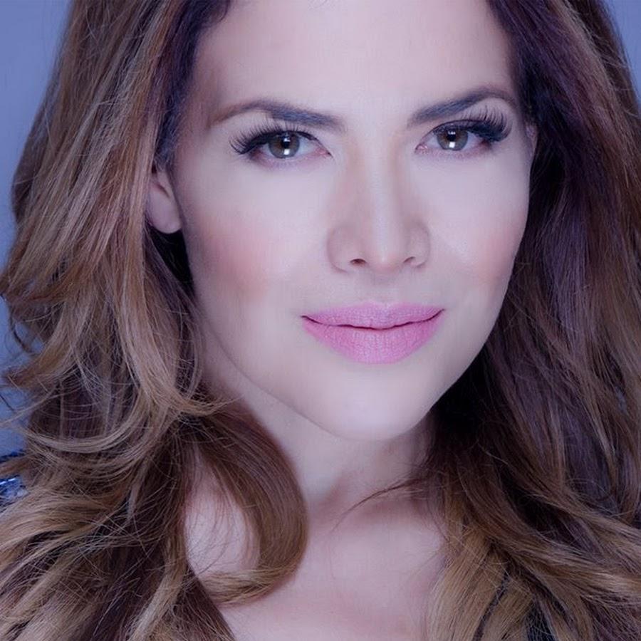 Anais Salazar En Revista H lili brillanti - youtube
