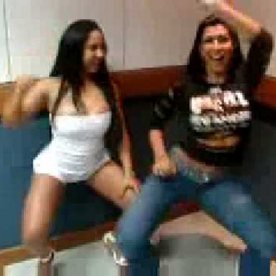 Wild latina teen dancing videos — pic 13