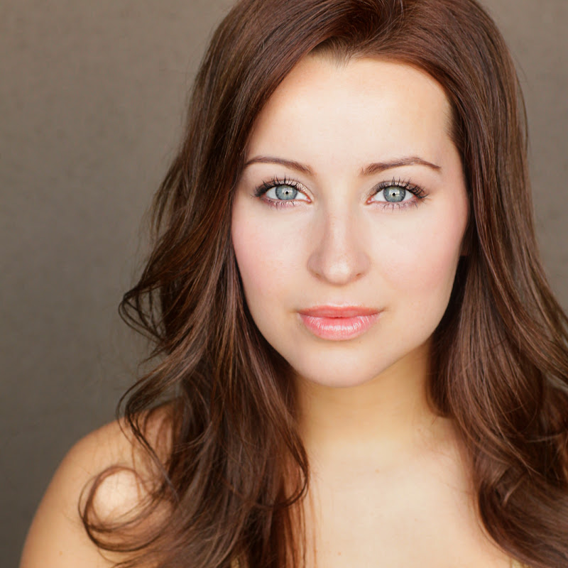 Ashley Leggat (ashleyleggat)